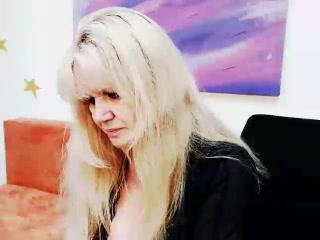 Bracknell live XXX masturbation previous girlfriend MilfberryRose Showcasing my fuckbox
