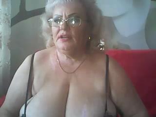 Inveraray live strip show dame LoriKiss Frigging